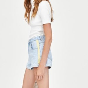 NWT Zara Hi-Rise Jean Shorts with Side Taping - 10